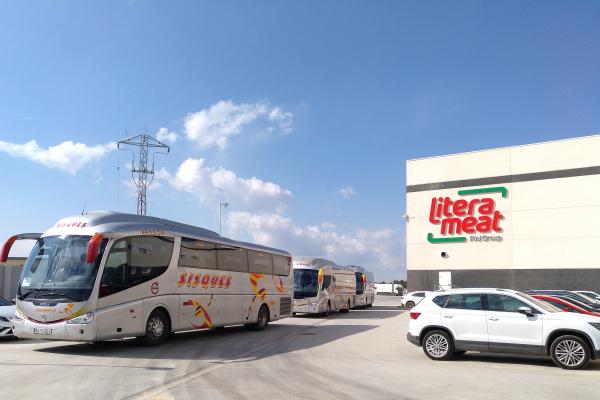 Litera Meat habilita nuevas líneas de transporte para cumplir con la normativa de movilidad durante el estado de alarma